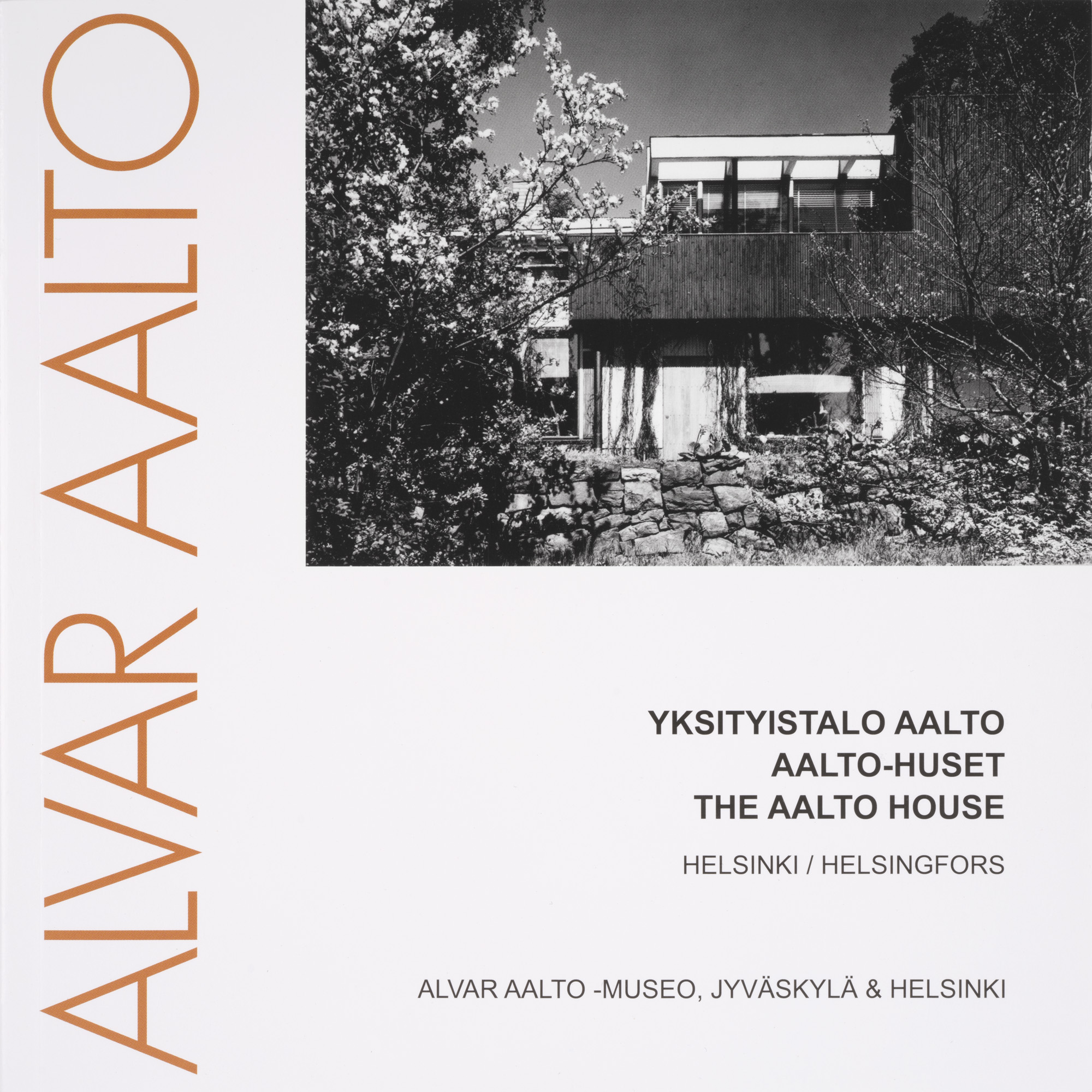 Guided tour the aalto house alvar aalto shop for The aalto house